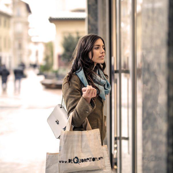 boutique-buy-casual-935760
